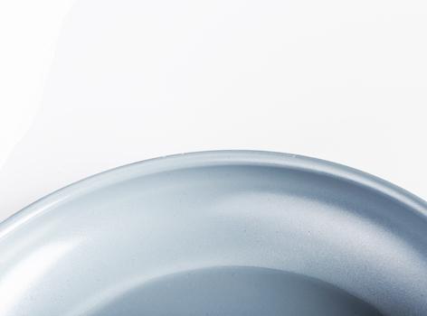 تابه پوشش سرامیکی سفید 24سانتیمتری ریو